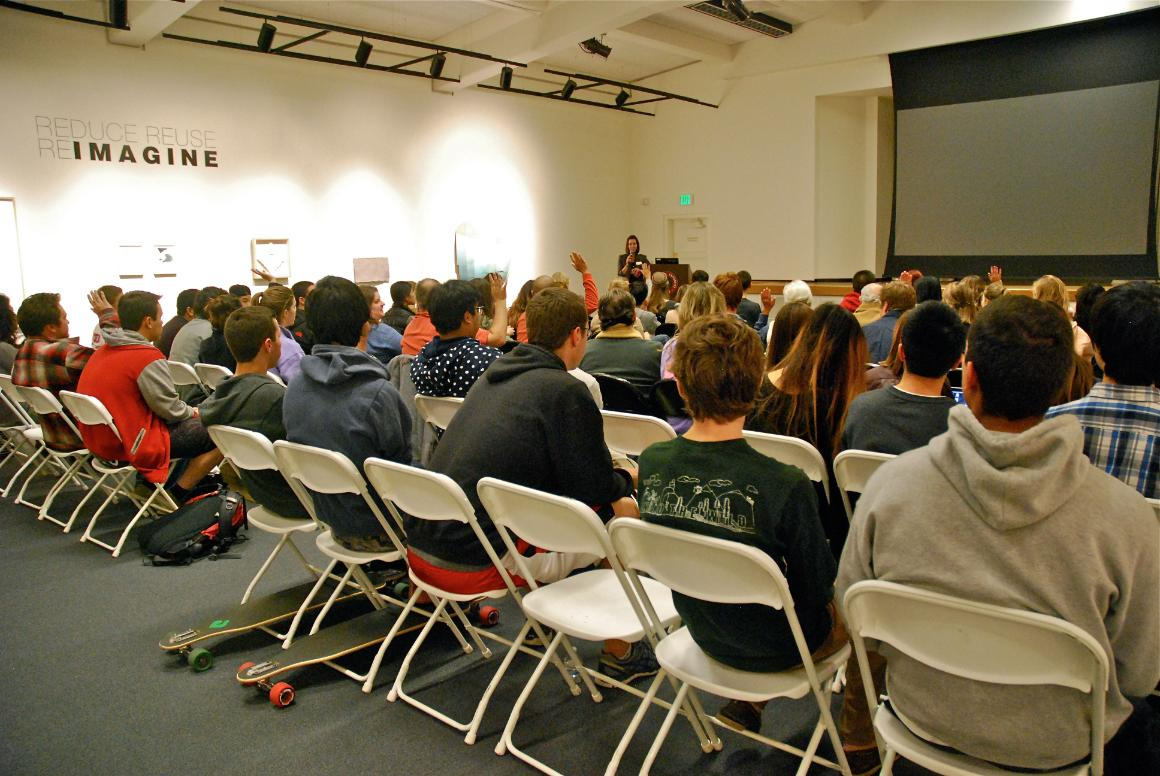 Students attend lecture by visiting artist Judy Dater.