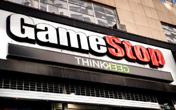 gamestop storefront and logo sign