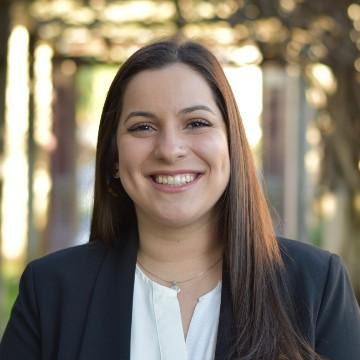 Headshot of Fulbright winner Mariana Perera