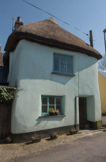 Traditional Devonian cob and lime cottage in Devon, England.