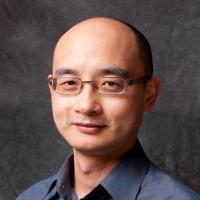 Assistant Professor of Marketing Desmond Lo Head Shot