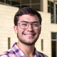 Econ alumni and Fulbright scholar Tyler van Herweg Head Shot