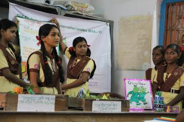 Green Rhinos girls presenting about conservation in India
