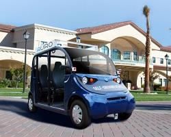 Self-driving shuttle in front of Vari Hall