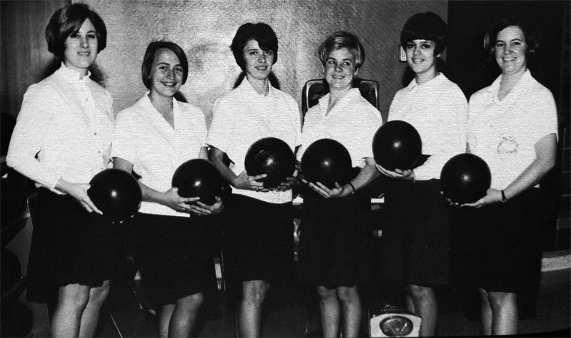 Image - 1968 women's bowling team