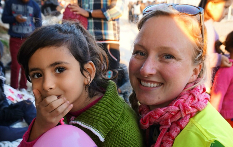 Alumna Colleen Sinsky in Lesvos, Greece, Dec. 2015 image link to story