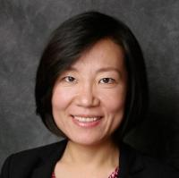 Finance Professor Carrie Pan Head Shot
